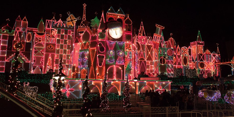 Disneyland_SmallWorldHoliday_sized